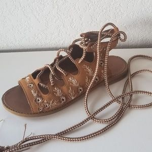 Forever 21 embroidery gladiator sandals sz. 7.5